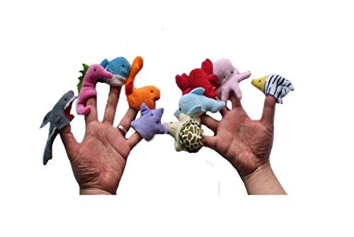 Spielzeuge Und Finger Reichen Ihr